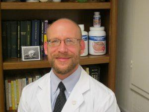 Chiropractor Galesburg IL Luke Sakalosky